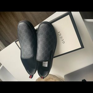 Gucci men shoes slip on size 12